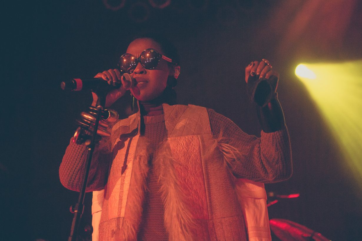 LaurynHill HOBChicago JFRANK 10 of 32 1230x820 Photos: Ms Lauryn Hill The MLH Caravan tour House of Blues Chicago