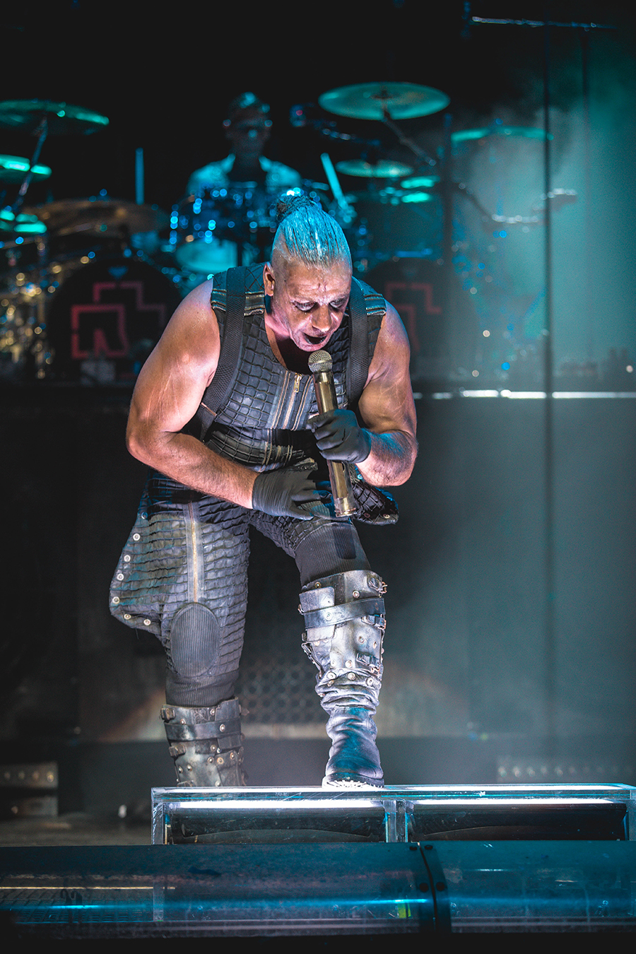 4I0A0464 Rammstein breaths fire into the crowd at Hollywood Casino Amphitheater