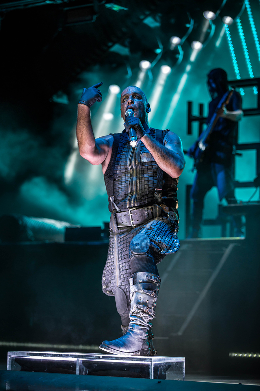 4I0A0519 Rammstein breaths fire into the crowd at Hollywood Casino Amphitheater