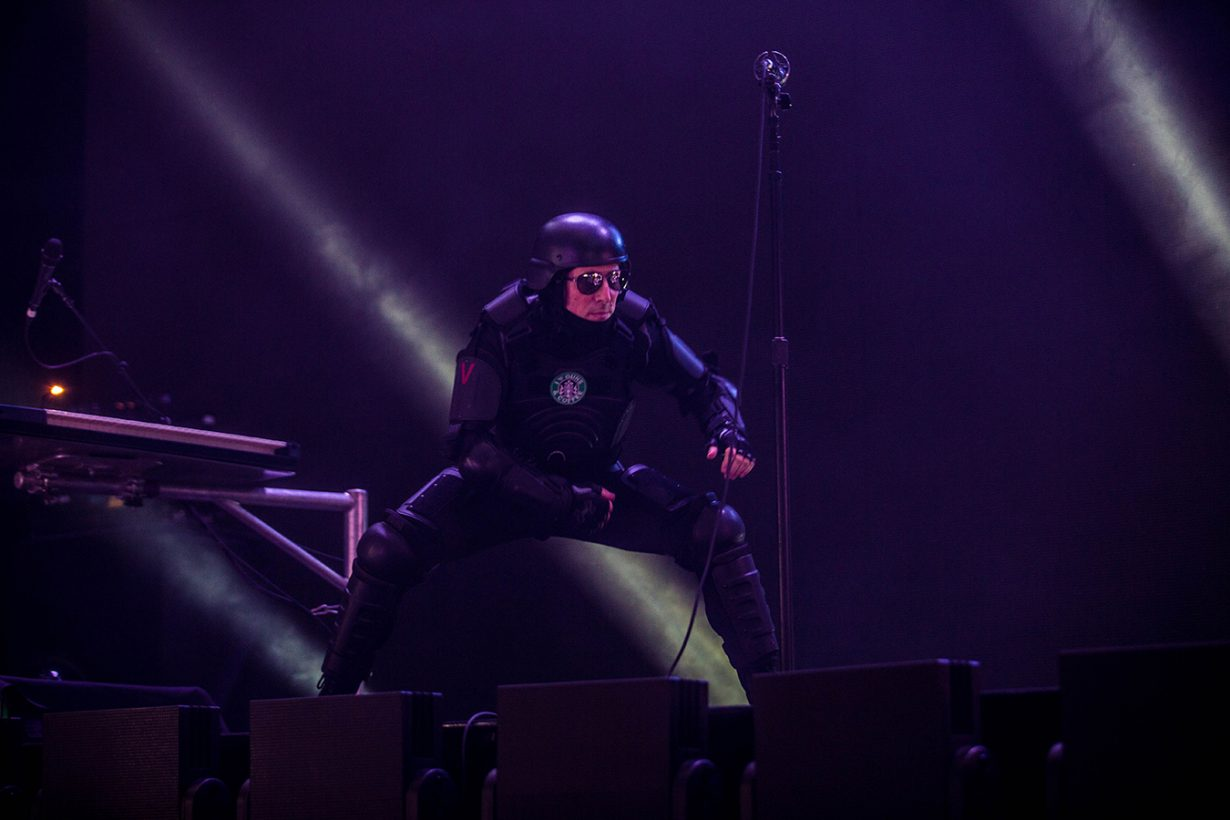 4I0A9427 1230x820 Tool returns to Chicago with a mesmerizing sold out show!