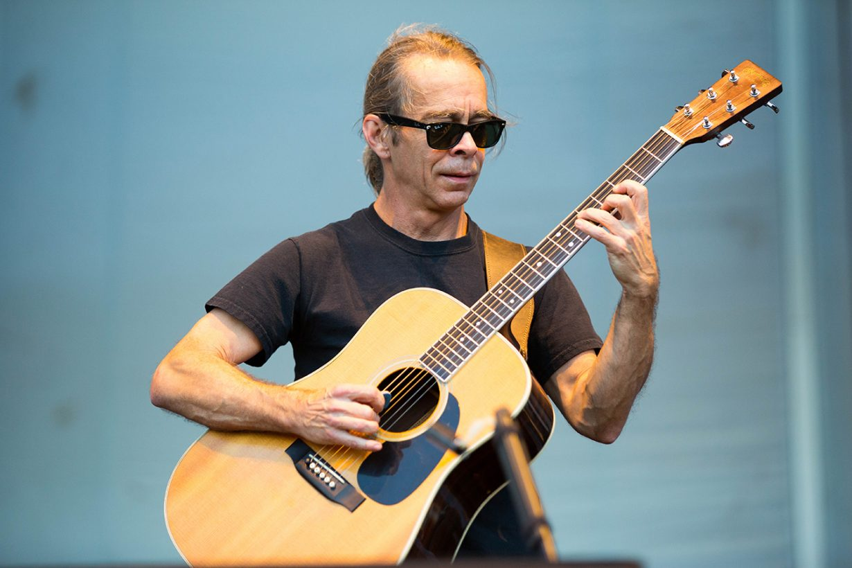 4I0A9679 1230x820 Dave Matthews and Tim Reynolds jam out for two nights at Northerly Island