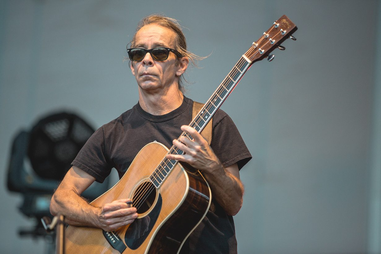 4I0A9827 1230x820 Dave Matthews and Tim Reynolds jam out for two nights at Northerly Island