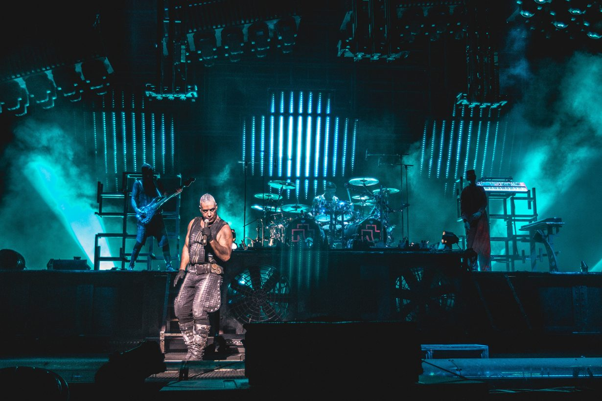 IMG 4560 1230x820 Rammstein breaths fire into the crowd at Hollywood Casino Amphitheater