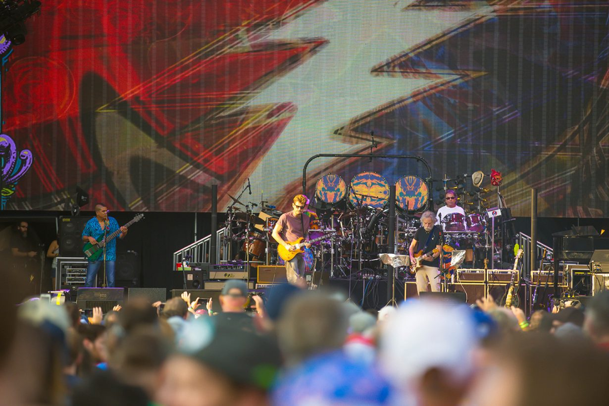 4I0A0631 1230x820 Dead and Company close out their Summer tour at Wrigley Field