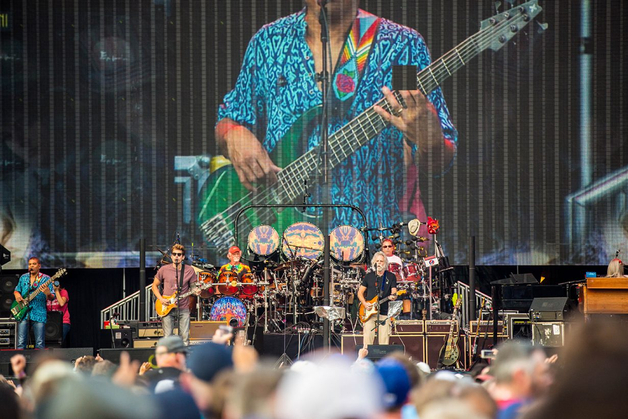 4I0A0664 1230x820 Dead and Company close out their Summer tour at Wrigley Field
