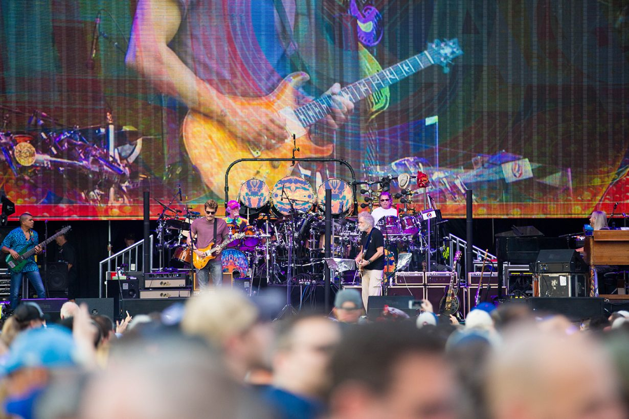 4I0A0779 1230x820 Dead and Company close out their Summer tour at Wrigley Field