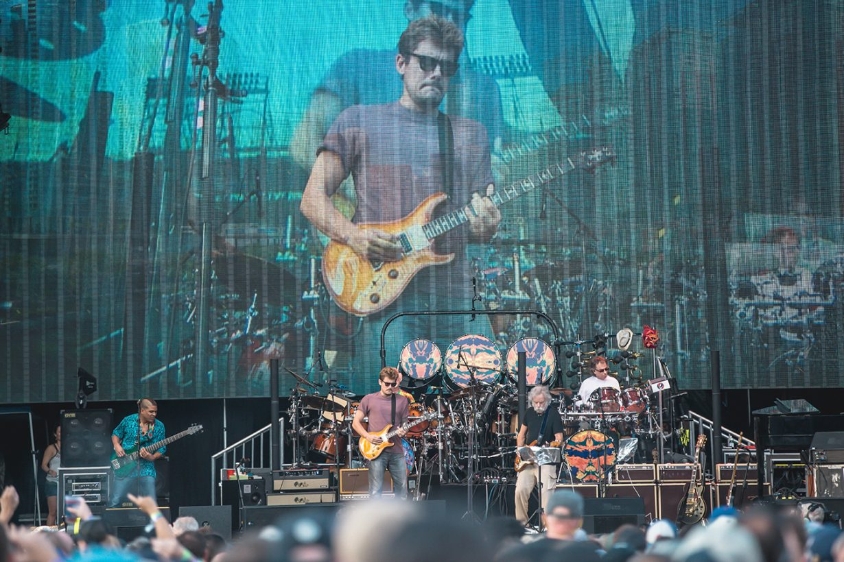 4I0A0835 1230x820 Dead and Company close out their Summer tour at Wrigley Field