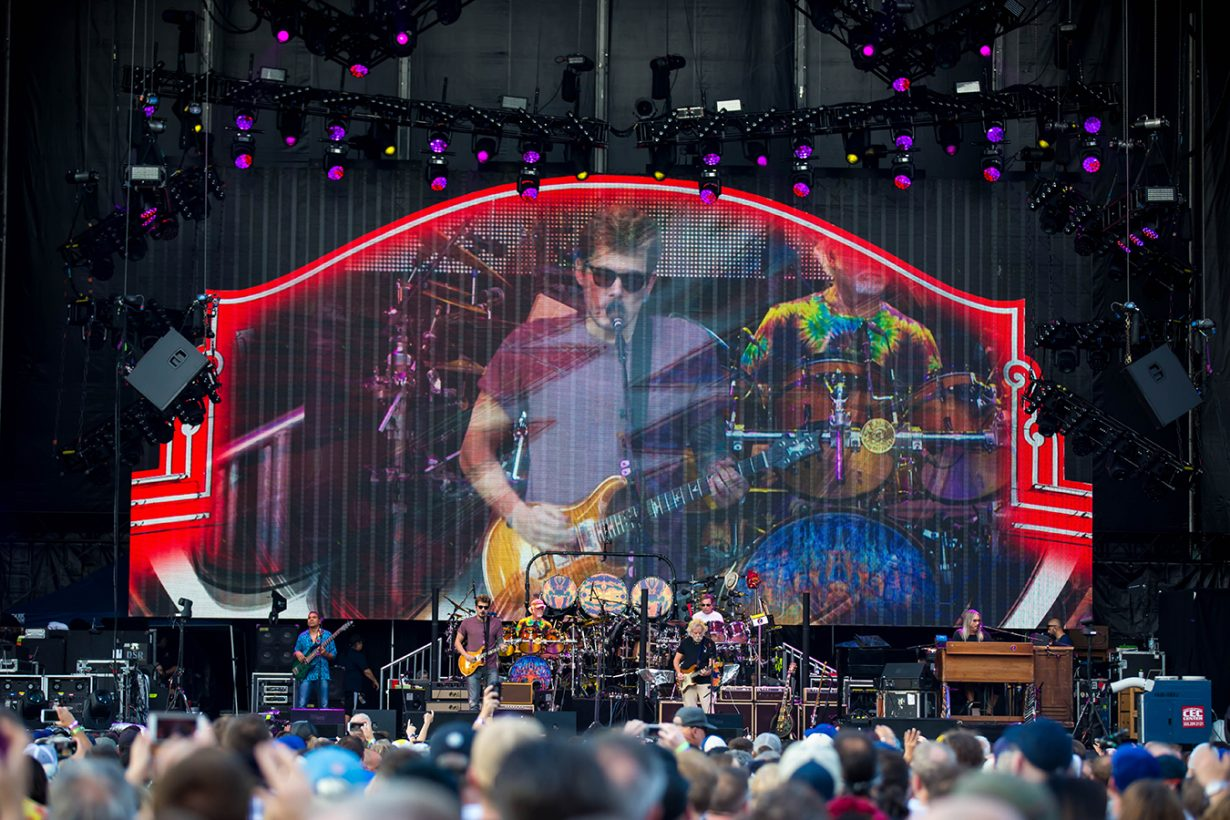 4I0A0897 1230x820 Dead and Company close out their Summer tour at Wrigley Field
