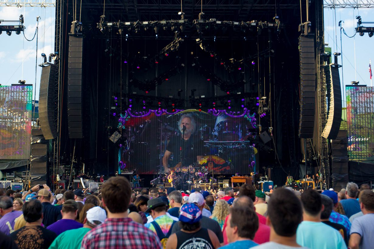 IMG 4609 1230x820 Dead and Company close out their Summer tour at Wrigley Field