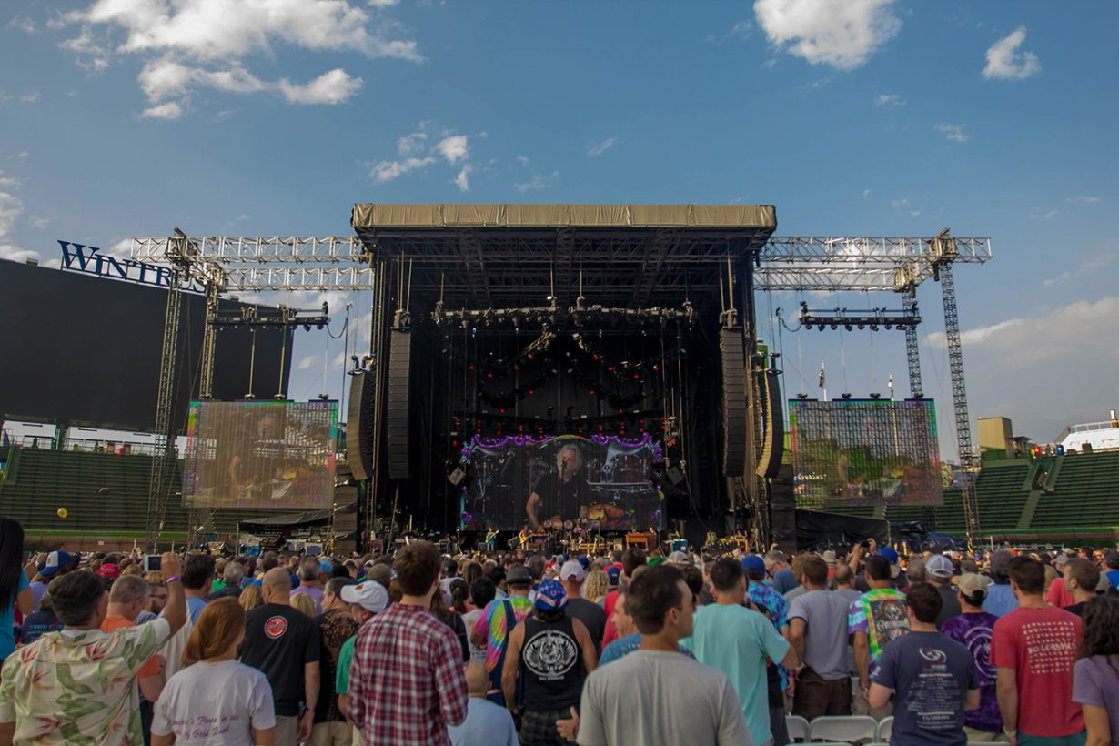 IMG 4628 1230x820 Dead and Company close out their Summer tour at Wrigley Field