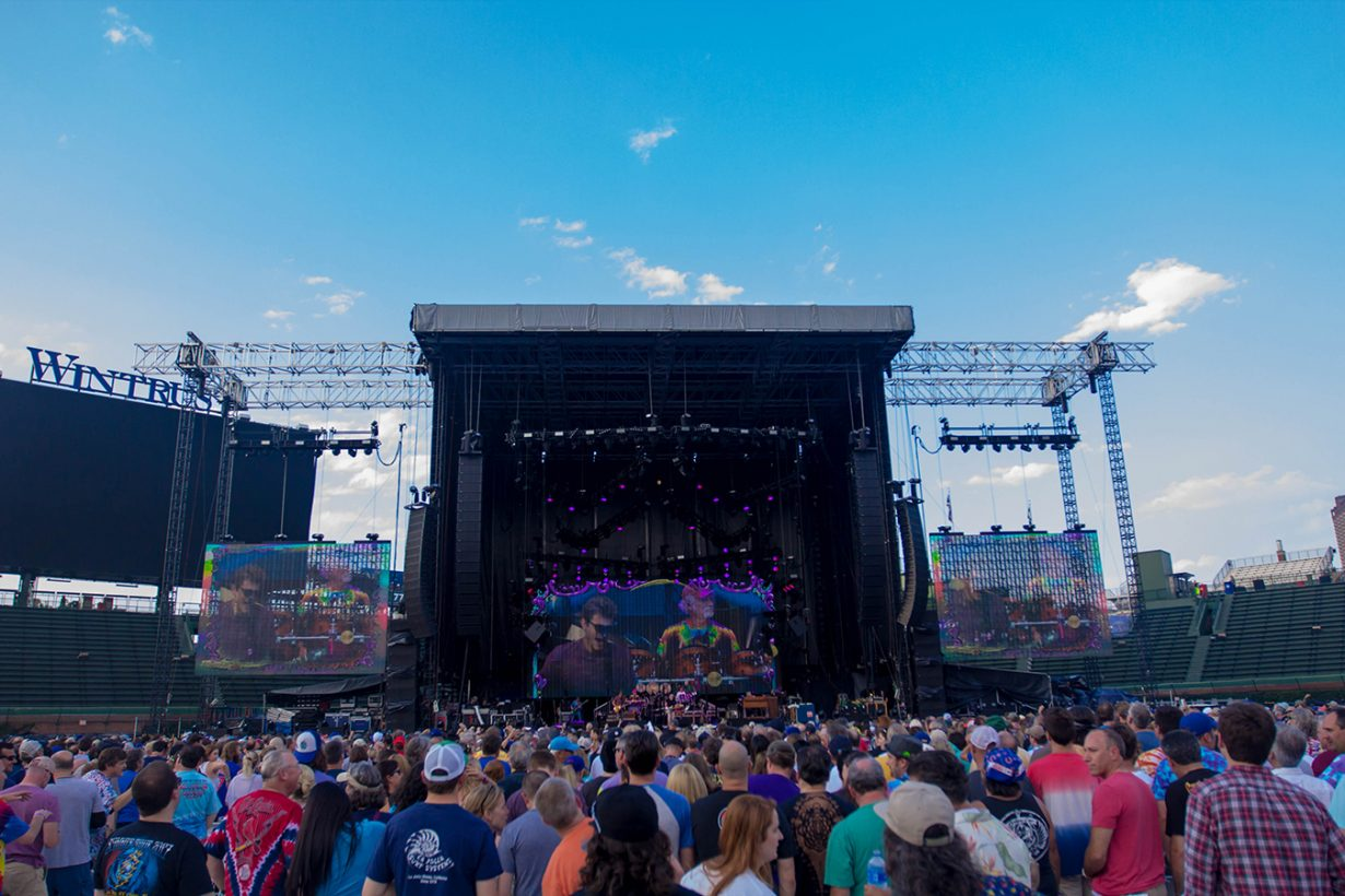 IMG 4672 1230x820 Dead and Company close out their Summer tour at Wrigley Field