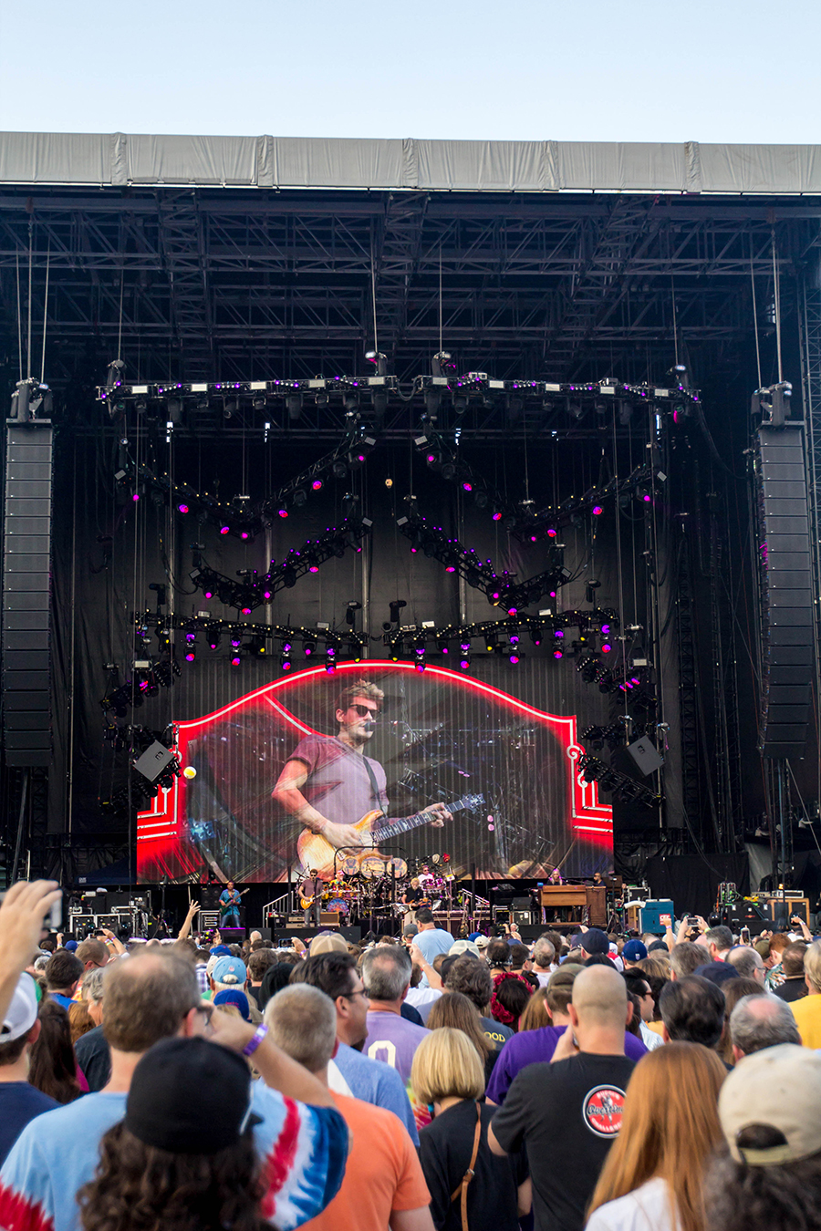IMG 4729 Dead and Company close out their Summer tour at Wrigley Field