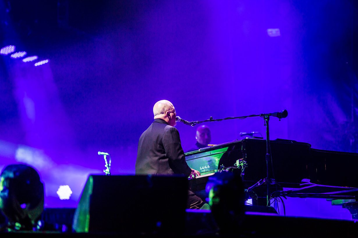 4I0A4801 1230x820 Billy Joel Returns to Wrigley With a Night Packed Full of Hits