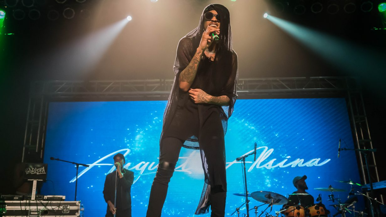 August Alsina. House of Blues 2017. Chicago Il. Photo by Kevin Baker 13 1230x692 Photos: August Alsina Dont Matter Tour with Rotimi and Tone Stith at the House of Blues