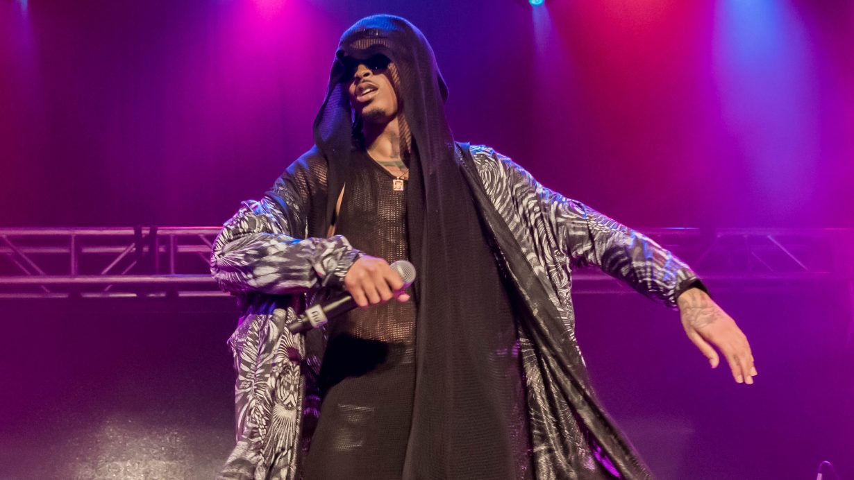 August Alsina. House of Blues 2017. Chicago Il. Photo by Kevin Baker 3 1230x692 Photos: August Alsina Dont Matter Tour with Rotimi and Tone Stith at the House of Blues