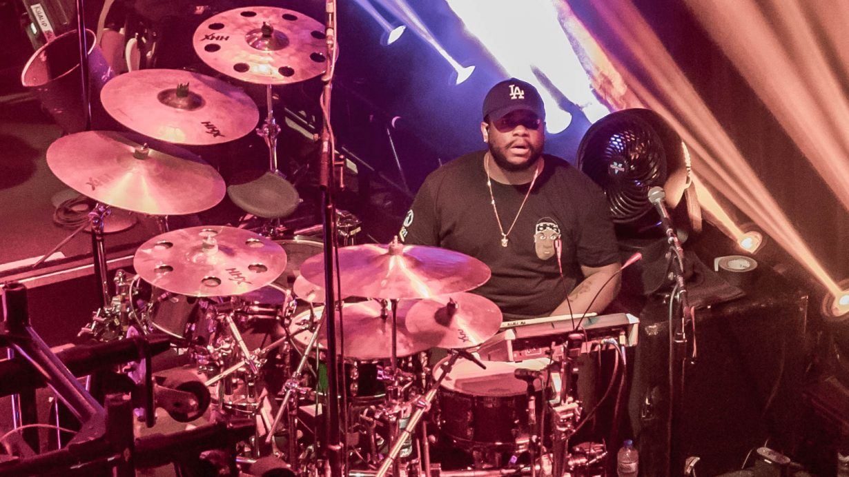 Clemons Pointdexter. Khalid. House of Bluesl 2017. Chicago Il. Photo by Kevin Baker 1230x692 Photos: Khalids American Teen Tour Sold Out show at House of Blues Chicago