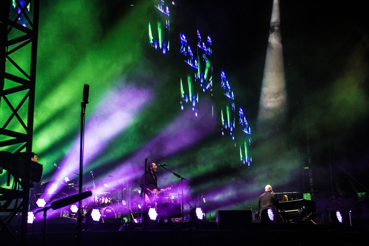 IMG 5834 1230x820 Billy Joel Returns to Wrigley With a Night Packed Full of Hits