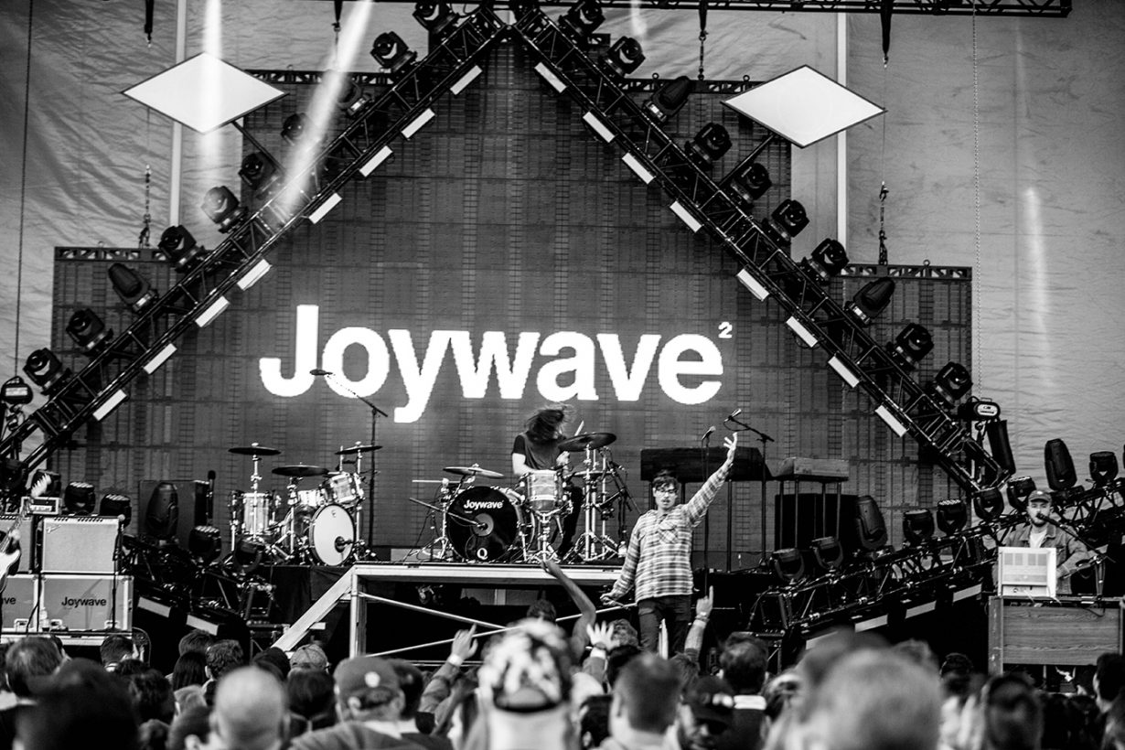 4I0A1473 1230x820 Young the Giant, Cold War Kids, and Joywave rock Northerly Island