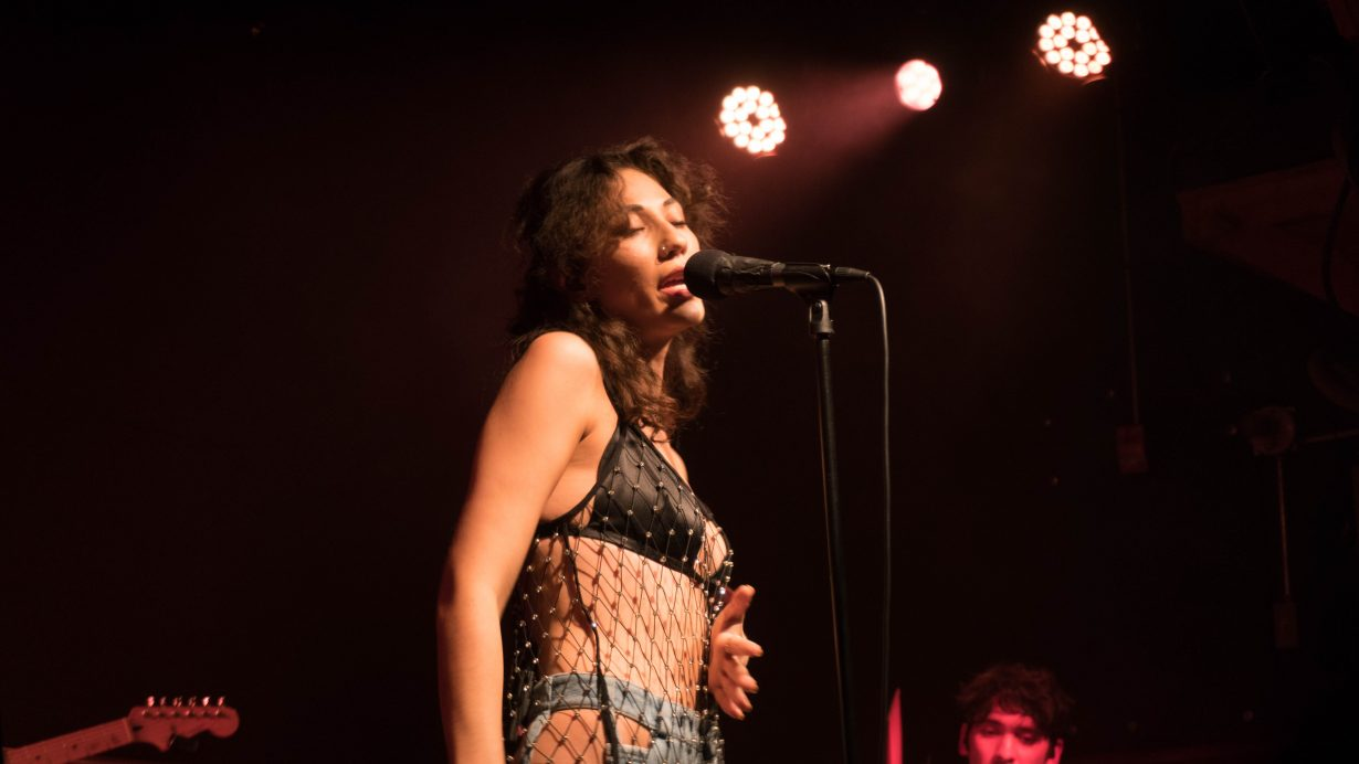 20170930 DSC01523 1230x692 Tei Shi Hits All the High Notes on Her First Headlining Show in Chicago