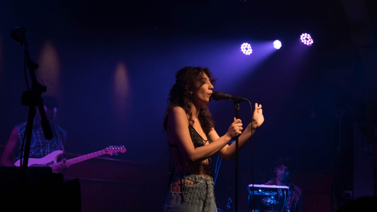 20170930 DSC01536 1230x692 Tei Shi Hits All the High Notes on Her First Headlining Show in Chicago