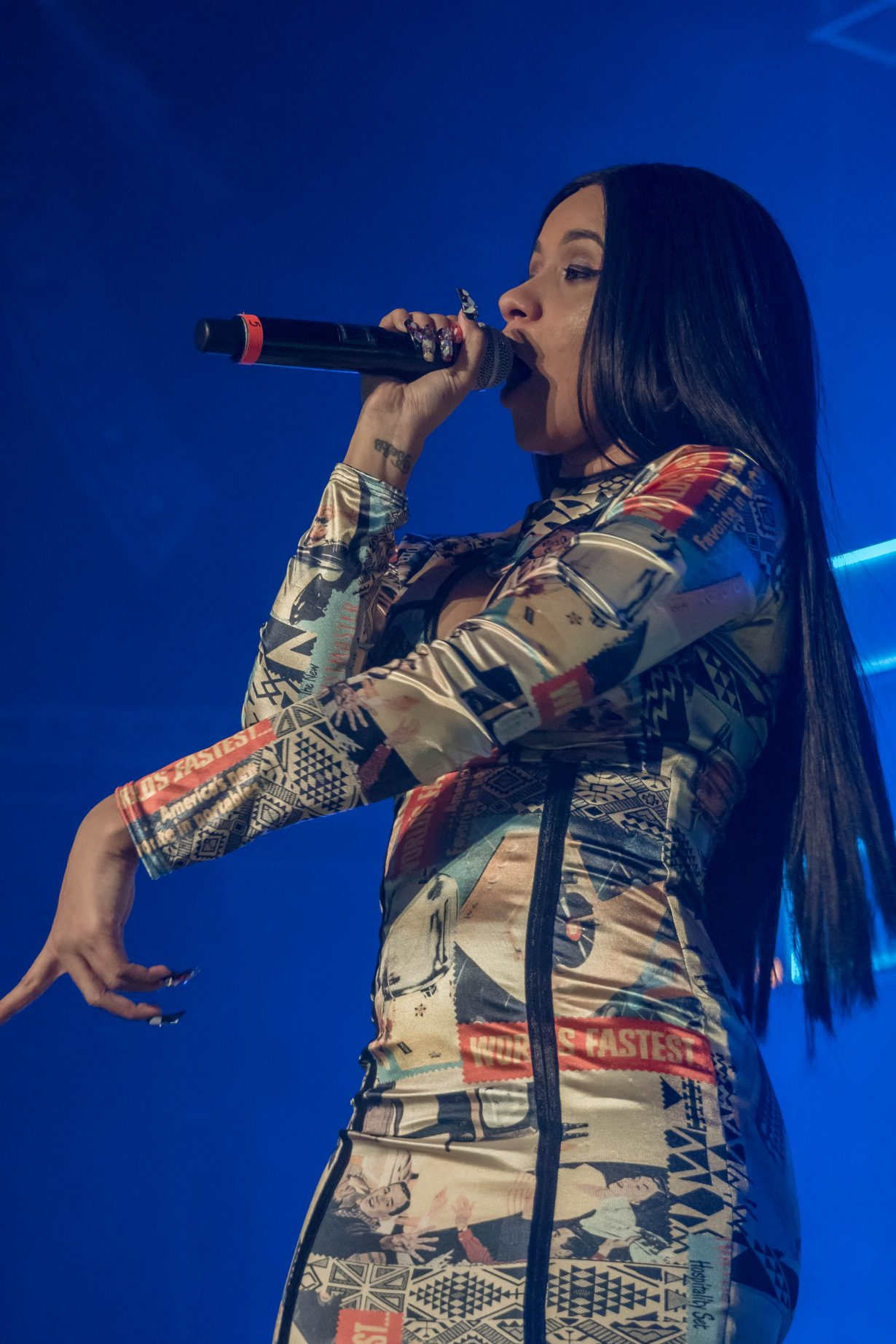 Cardi B. RapCaviar Aragon Ballroom 2017 Chicago Il. Photo by Kevin Baker 5 1230x1845 RapCaviar Sets Chicago On Fire with Lil Uzi Vert, Playboi Carti, Cardi B, DJ Drama and More