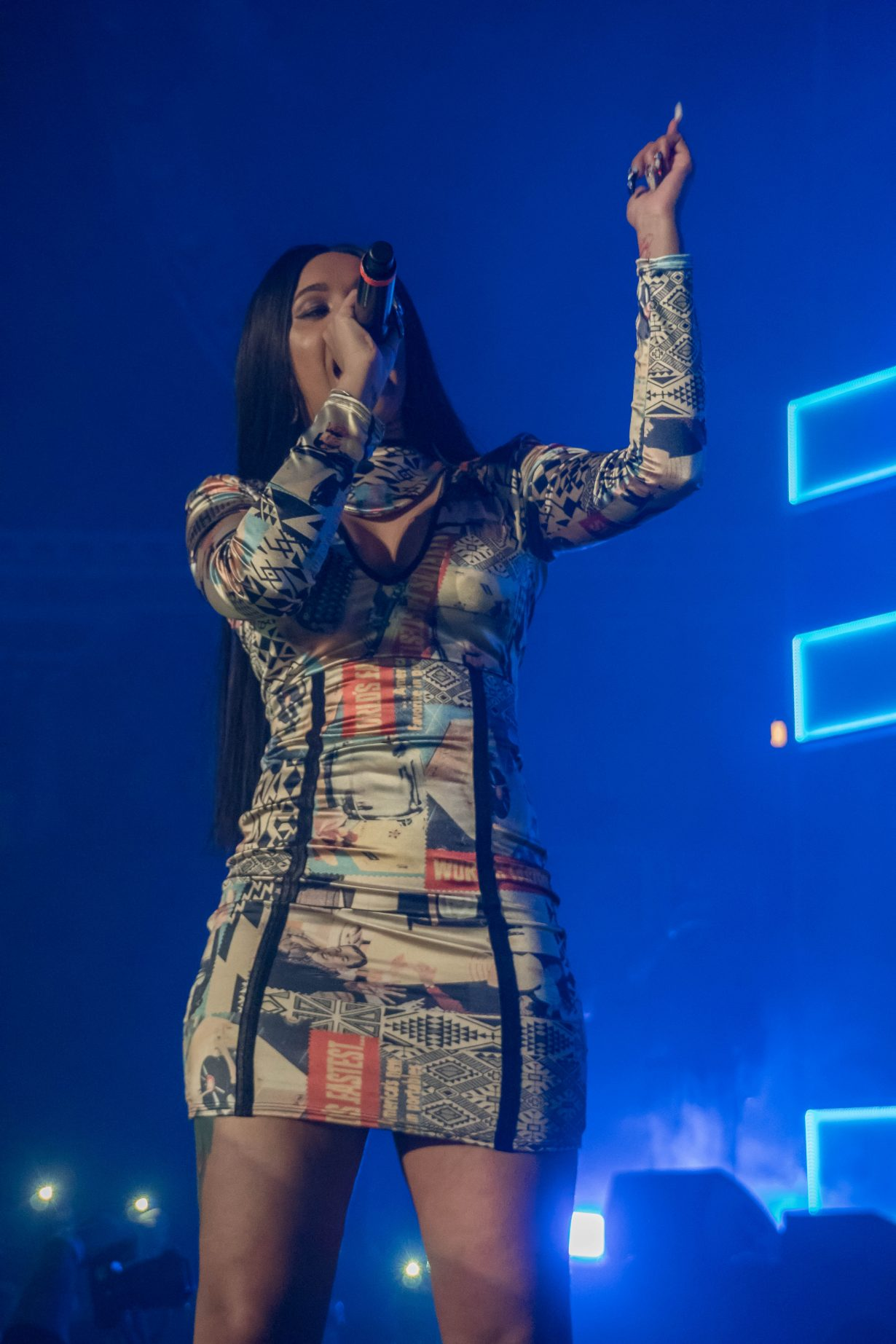Cardi B. RapCaviar Aragon Ballroom 2017 Chicago Il. Photo by Kevin Baker 8 1230x1845 RapCaviar Sets Chicago On Fire with Lil Uzi Vert, Playboi Carti, Cardi B, DJ Drama and More