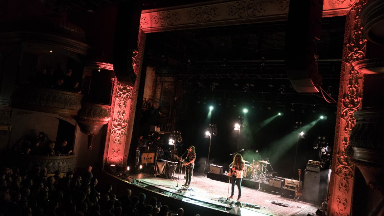 DSC02105 1230x692 Courtney Barnett and Kurt Vile Rock Out on 2nd Sold Out Chicago Show at Thalia Hall