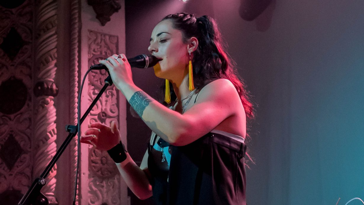 Bailey Wiley. Red Bull Sound Select 2017 Chicago Il. Photo by Kevin Baker 3 1230x692 Syd Brings Understated Sexiness to the Metro with Red Bull 30 Days in Chicago