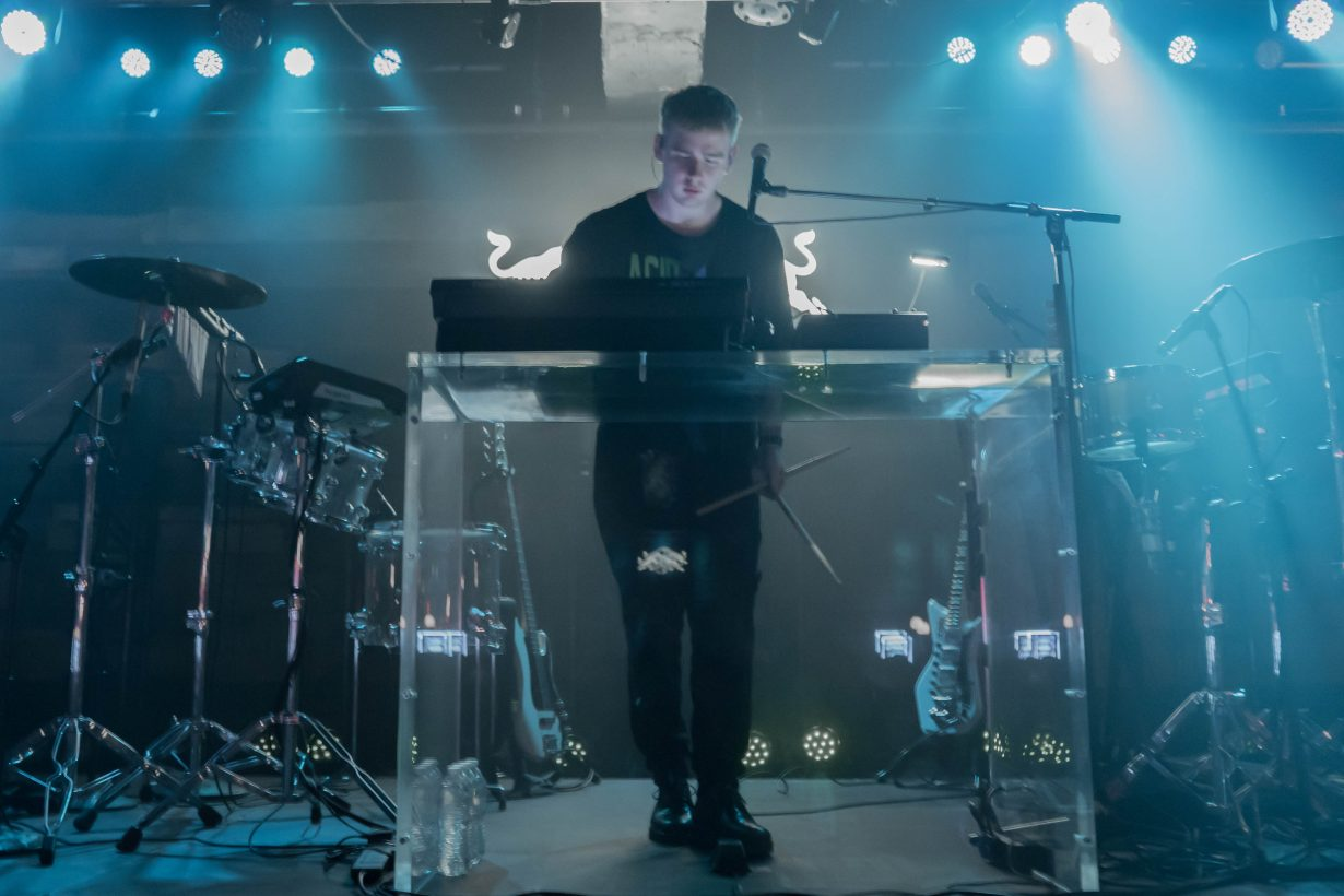 Mura Masa. Red Bull Sound Select 2017 Chicago Il. Photo by Kevin Baker 8 1230x820 Mura Masa, Tennyson, and slenderbodies Eased Their Way Into a Full Blown Dance Party at Concord