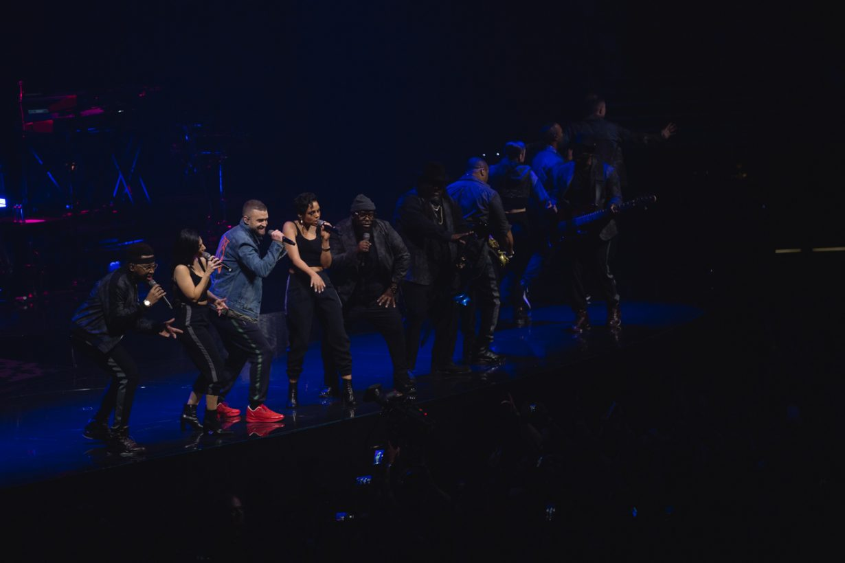 UnitedCenter JustinTimberlake JFrank 13 1230x820 Justin Timberlakes Man of the Woods Tour set Chicago on Fire with the Tennessee Kids