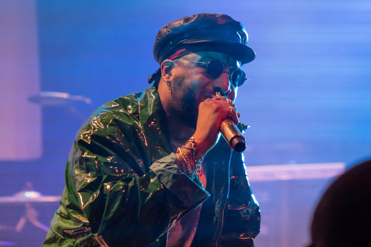 Ro James. Lincoln Hall. Chicago IL. 2018. Photo by Kevin Baker. Chicago Il 1230x820 The RnB Tour with Ro James and BJ The Chicago Kid Delivers Melodies from Lincoln Hall