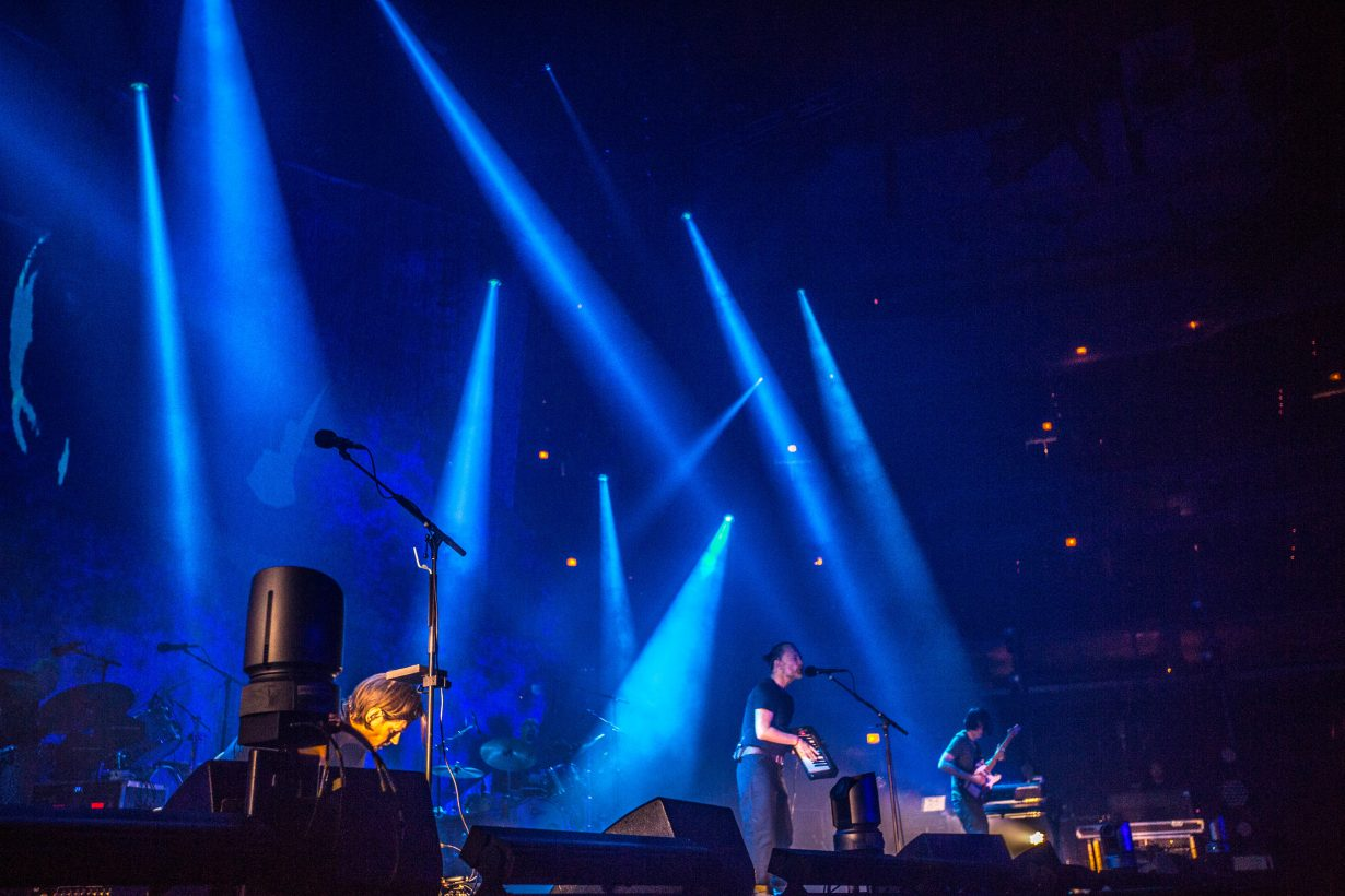 4I0A0006 1230x820 Radiohead kicks off their 2018 North American tour with an epic 2 night run at the United Center