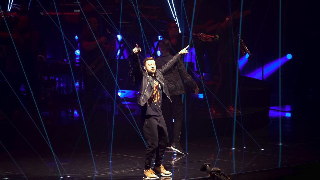 IMG 0640 1024x576 Justin Timberlake Brought Man Of The Woods to Chicago