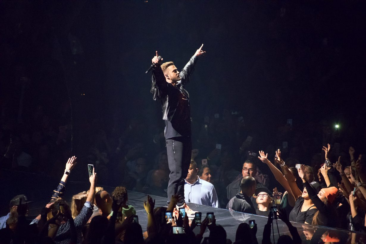 IMG 0888 1230x820 Justin Timberlake Brought Man Of The Woods to Chicago