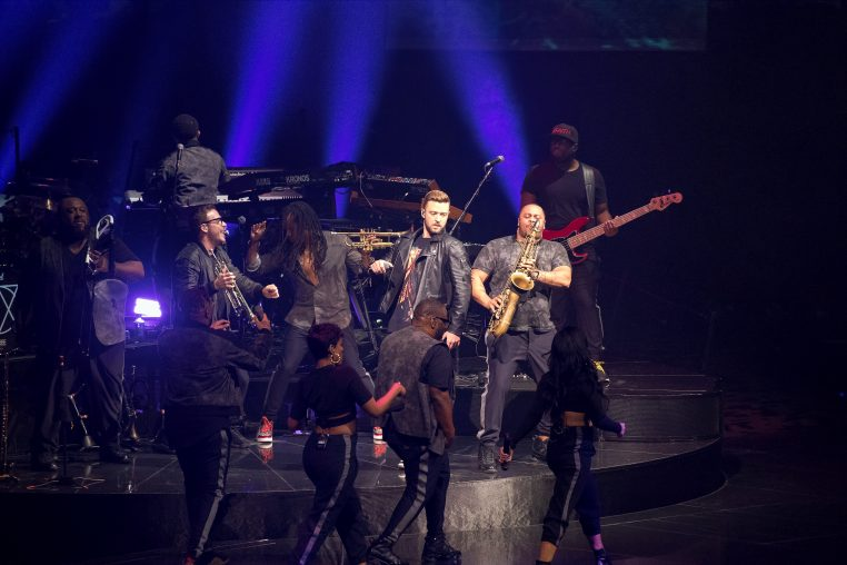 IMG 0908 762x508 Justin Timberlake Brought Man Of The Woods to Chicago