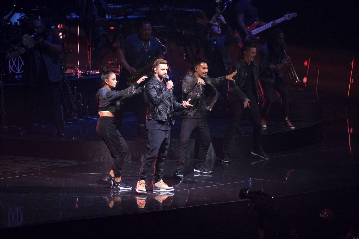 IMG 1046 1230x820 Justin Timberlake Brought Man Of The Woods to Chicago